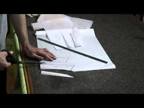 В этом видео уроке Вы увидите элементарный крой и пошив классической юбки. Шитье и крой с Сергеем Карауловым http://www.portnishka.tv Форум учеников http://w...