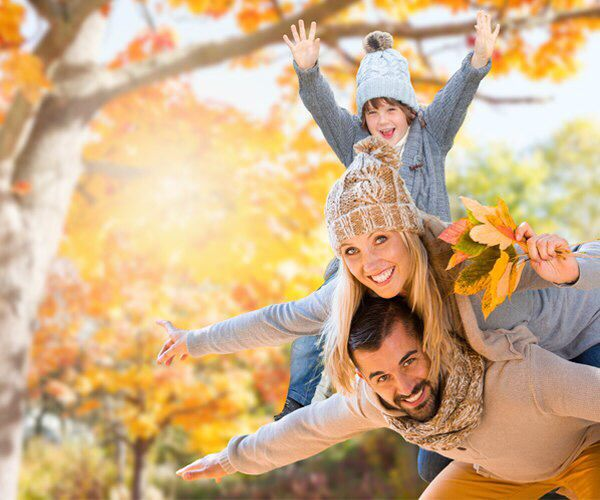 Дорогие подписчики, пусть ваше осеннее настроение будет ярким! Осень – не повод для грусти. Берегите себя, одевайтесь потеплее и будьте здоровы!  #ЦентральнаяАптека #аптека #осень #настроение #здоровье #вдохновение