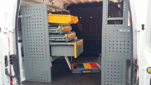 Equipamiento furgoneta taller realizado en una FORD CONNECT L1 H1 de nuestro Amigo Juan Carlos, HOGARTIS SEVILLA.  - CAJONERAS. - MALETINES EXTRAIBLES. - ESTANTERIAS CON SEPARADORES.  - ESTANTERIA DE GAVETAS EXTRAIBLES. - SUELO DE MADERA FINLANDESA        ANTIDESLIZANTE. - LEGALIZACION EN ITV. Para más información  y presupuesto sobre el equipamiento: www.inansur.com/presupuesto.htm.   Gracias por compartir