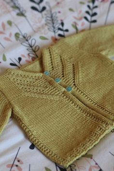 Ravelry: Islay pattern by Gudrun Johnston