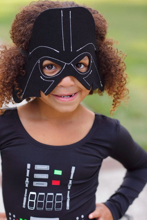 Has the dark side ever looked so adorable?! We think not! Make sure your Star Wars lover is the talk of every Halloween activity in this gorgeous, custom Dark Vader costume!   Costume include Darth Vader mask, Leotard and tutu to ensure your little lady is picture ready! **SEE SIZE CHART IN PICTURES**  Due to Etsy Variation limitations, here is a key of abbreviations!:  -S.S. = Short Sleeve -L.S. = Long Sleeve -Fl.S.=Flutter Sleeve -T.T.=Tank Top   In the Notes to Seller S...