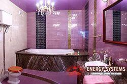Дизайн ванной в фиолетовом цвете.