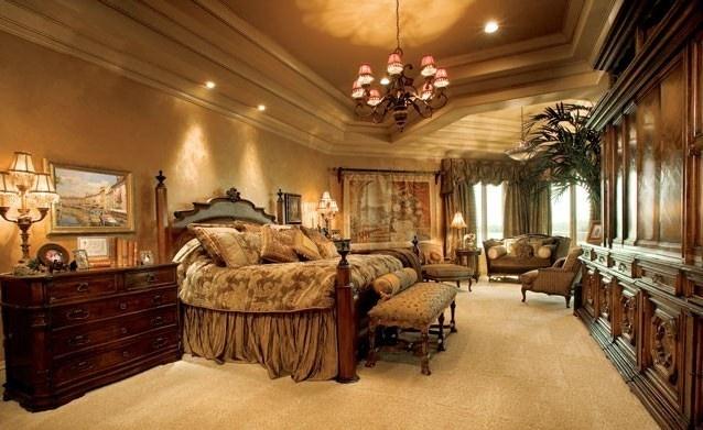 Elegant master bedroom old world mediterranean italian for Tuscan bedroom design