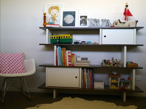 Oeuf Mini-Library -- Happiness is Eva