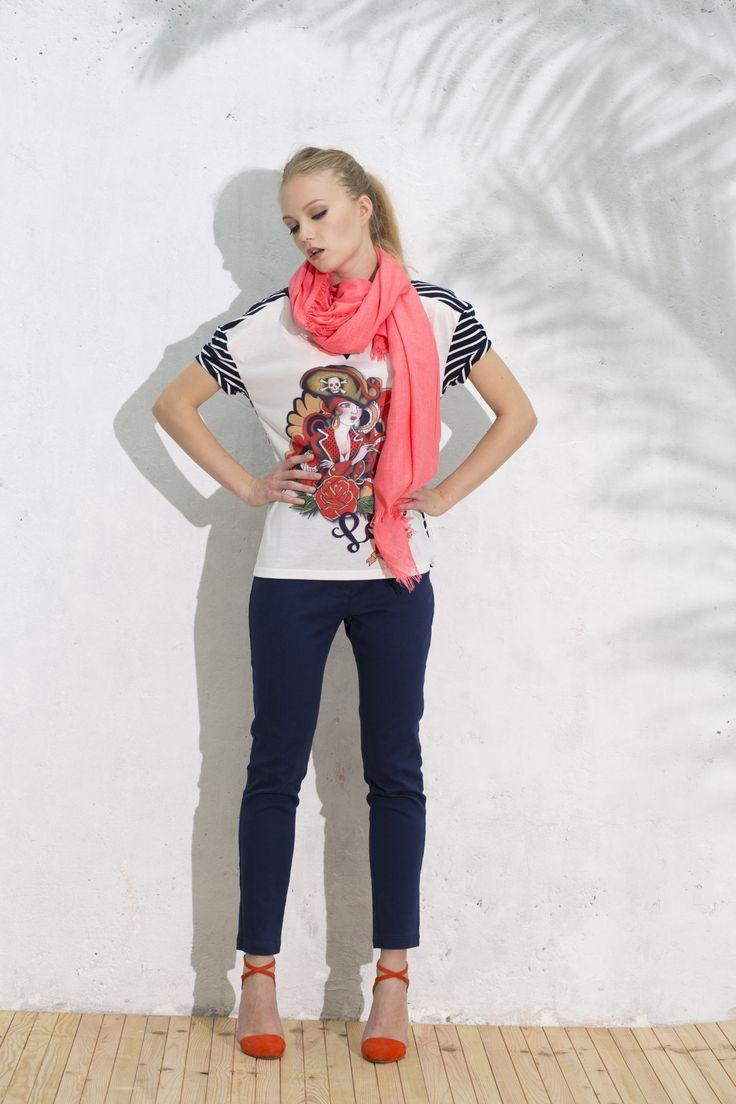 Conjunto Camiseta Hacienda y Pantalón Sardina #bluenavy #trousers #azulmarino #camisetaestampado