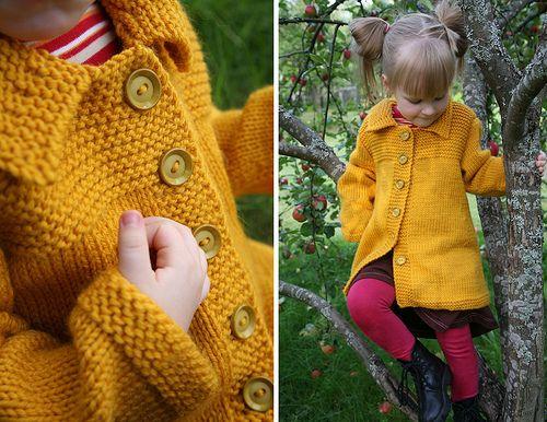 Tytär ja takki by silmukatti, via Flickr