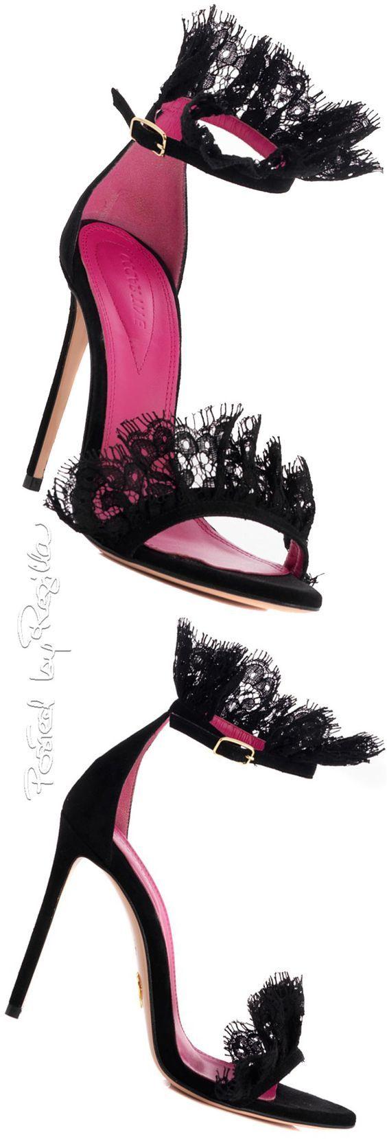 Laces Shoes Ditemi se non sono adorabili?