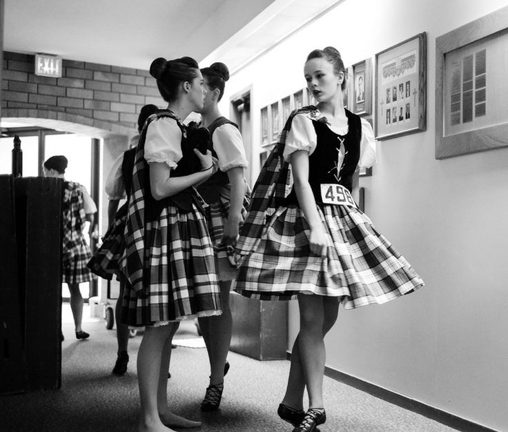 how to tie highland dance ghillies