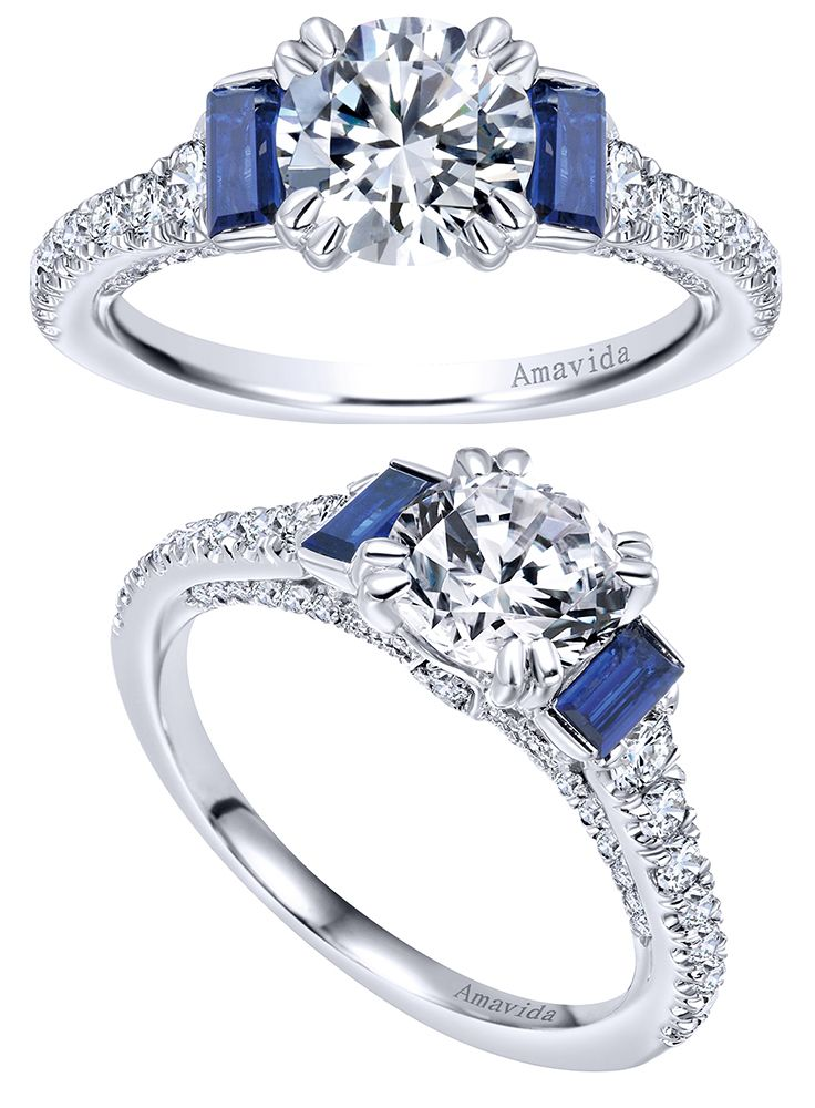 From the Amavida Collection, an 18k White Gold Contemporary 3 Stones Engagement Ring.