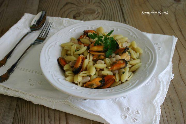 Gnocchetti sardi con cozze e fagioli