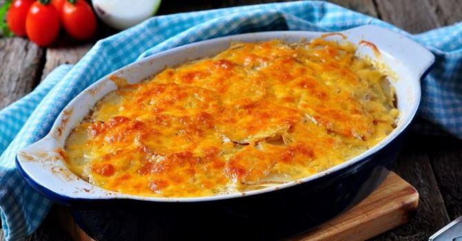 Recette de Gratin de patates douces au lait de coco. Facile et rapide à réaliser, goûteuse et diététique. Ingrédients, préparation et recettes associées.