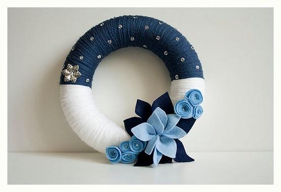 yarn christmas wreath - Google Search