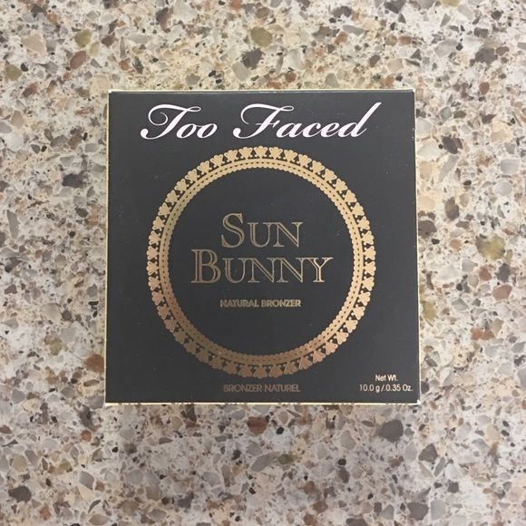 Two faced bronzer Brand new two faced bronzer - sun bunny! Two Faced Makeup Bronzer