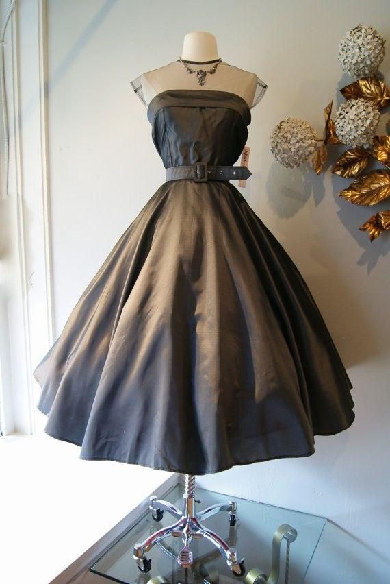 50s Dress // Vintage 1950s New Look  Party Dress by xtabayvintage, $248.00