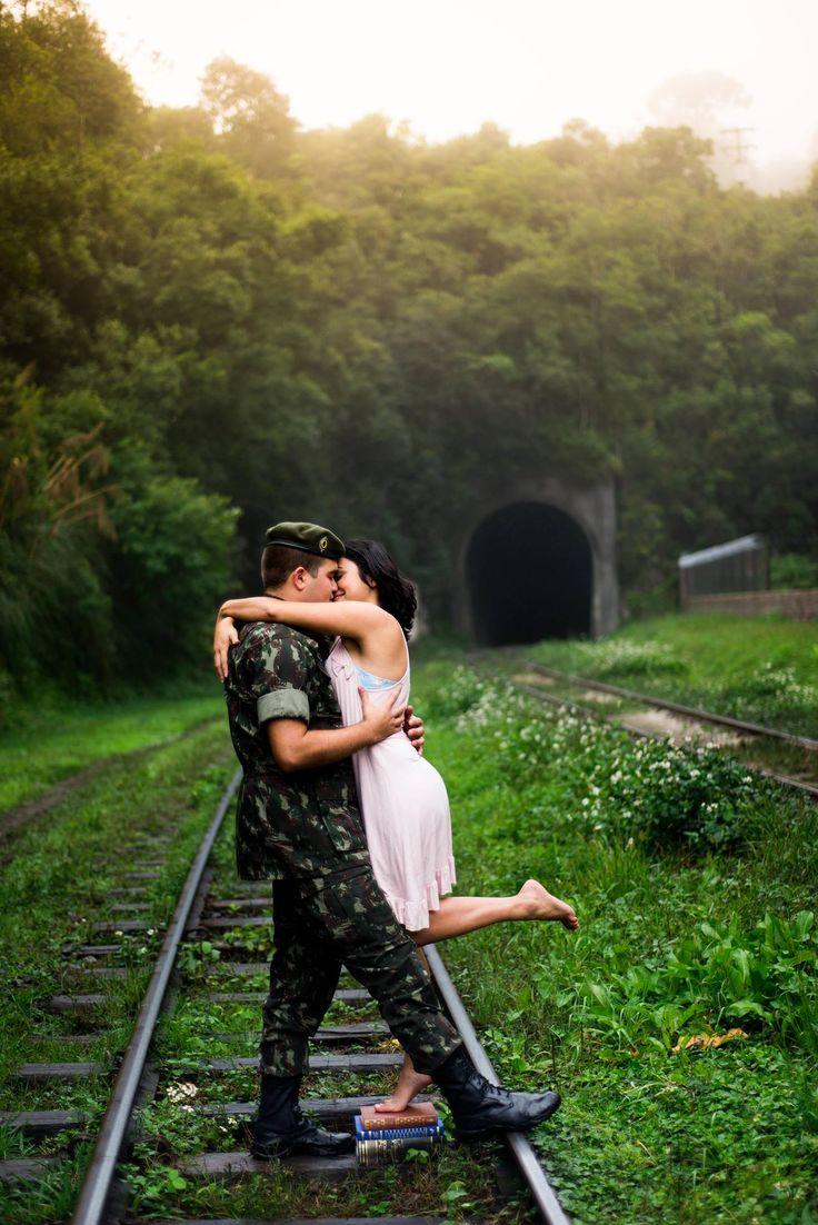 Couple Photobooth - military couple photo session - ensaio e fotos de casal - lindo!