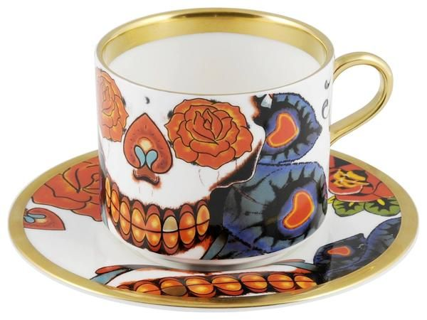 Beautiful and vibrant 'Inkhead' Latte Cup & Saucer: an exciting set for your latte, tea, coffee or whatever you fancy. Taking inspiration from tattoos and edgy art, 'Inkhead' features a vibrant and bold skull design full of colour and detail. Hand gilded 22kt Gold rim and accents – gold tooth, made in Stoke-on-Trent, England. Fine Bone China. Find out more here: https://thenewenglish.co.uk/collections/inkhead #TheNewEnglish #Inkhead #Tattoos