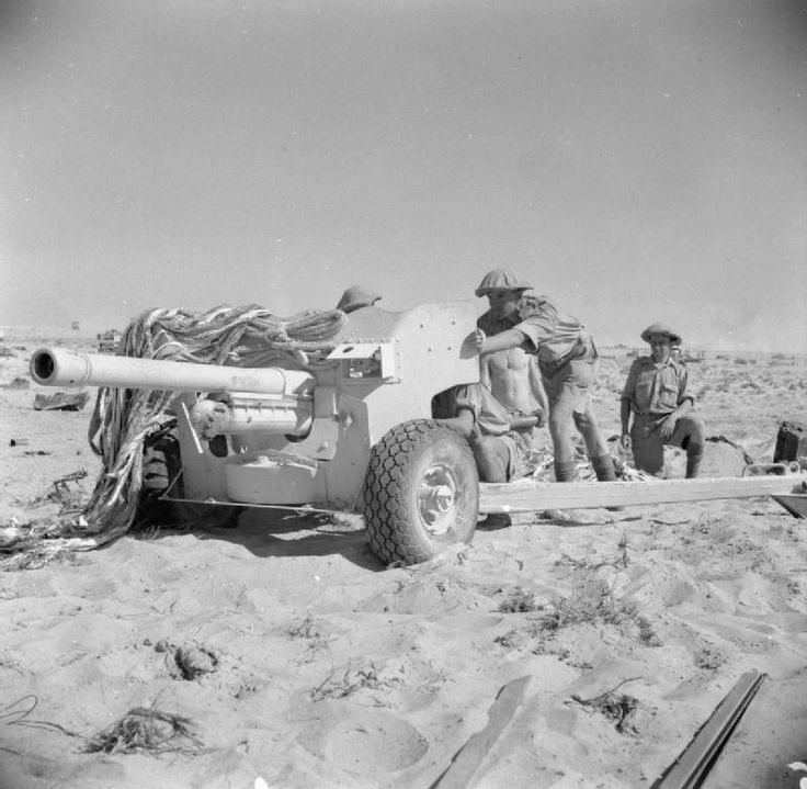 BRITISH ARMY NORTH AFRICA 1942 (E 18834)