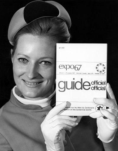 Le costume des hôtesses de l'Expo 67 Photos from La Presse