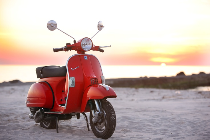 Quiero una de estas!!!! Vespa <3 <3: Vespas Scooters, Px 125, Vespas Px, Motors Scooters, Px125, Beautiful Riding, Dreams Cars, Motors Mouths, Riding Colors