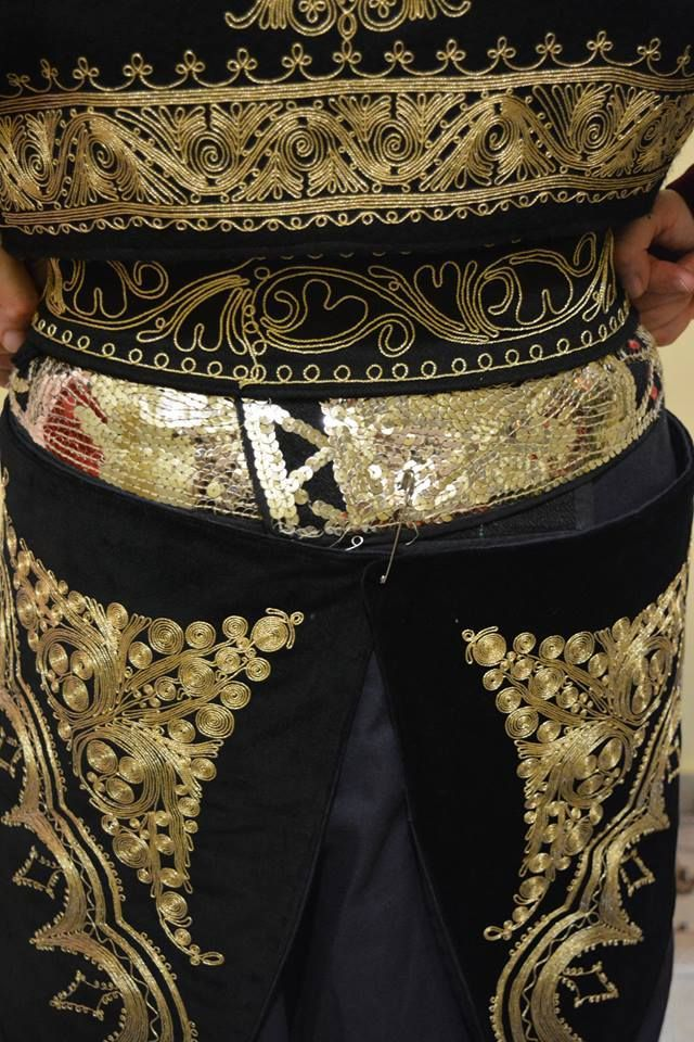 traditional macedonian dress (detail) - Imathia Macedonia Greece - NATIONAL FEDERATION OF MACEDONIANS CULTURE   ΠΑΝΕΛΛΗΝΙΑ ΟΜΟΣΠΟΝΔΙΑ ΣΥΛΛΟΓΩΝ ΠΟΛΙΤΙΣΤΙΚΩΝ ΜΑΚΕΔΟΝΩΝ