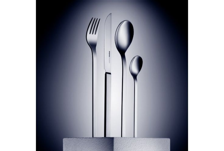 Mono-a cutlery was designed for Mono in 1958 by Peter Raacke. A prototype and precursor for all Mono Flatware, this original piece is a highly popular cutlery piece within the industrial design industry. Modern in style despite its age. Simple handles with long and sleek lines characterise the set. The cutlery is available with both a short and long knife blade. Mono-a is considered the best-selling German designer cutlery.