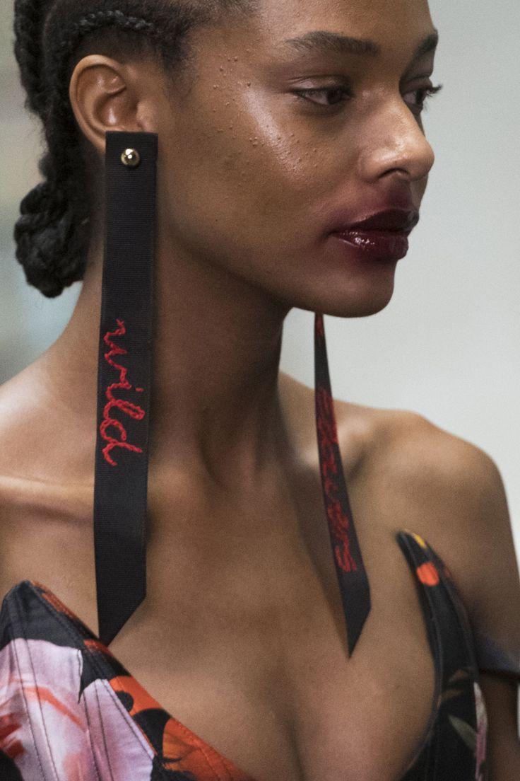 Preen by Thornton Bregazzi Fall 2017 Fashion Show Details - The Impression