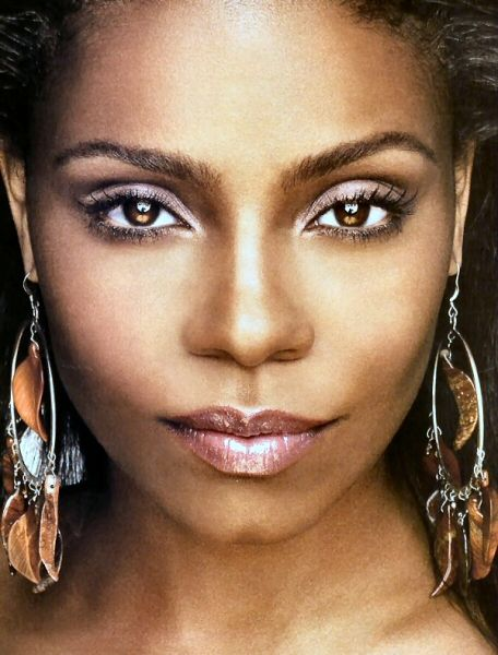 Google Image Result for http://images.teamsugar.com/files/users/0/1606/22_2007/sanaa_lathan_03.jpg