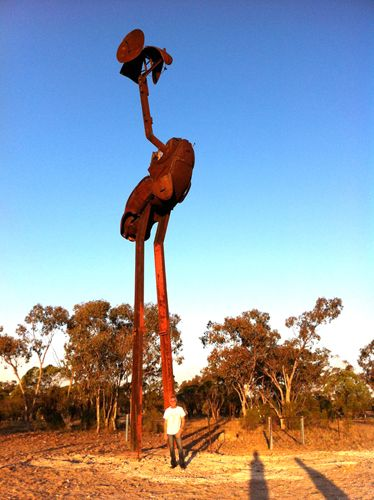 60' tall recycled Emu in New South Wales outback town, Lightning Ridge