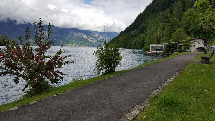 Schweiz - Thuner See - leider kein Wetter für Strandbad