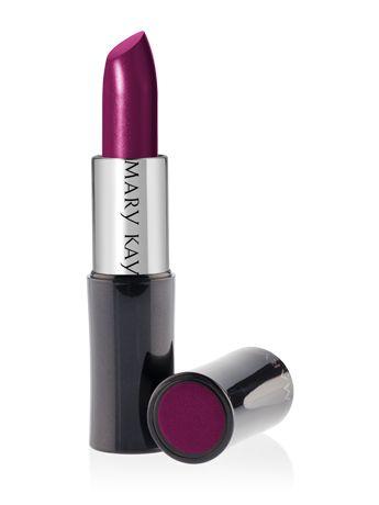 Mary Kay® Creme Lipstick in Fuchsia....maravilloso color para pieles morenas como la mia,un color que da mucha vibraciones,atrevete con el...yo lo tengo y tu?..