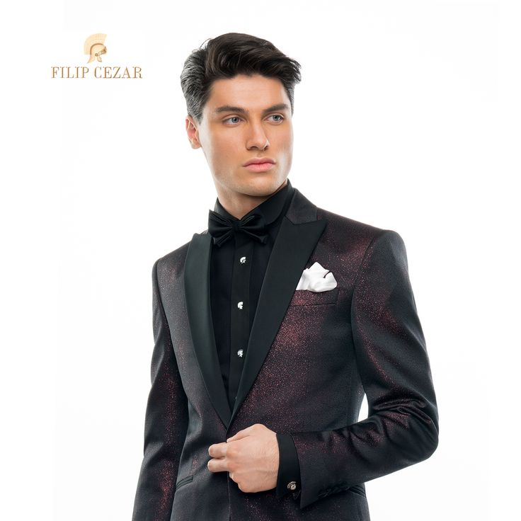 Costum de mire la comandă Filip Cezar Red Star  http://www.filipcezar.com/ro/costume-barbati/273-costum-filip-cezar-red-star.html #FilipCezar #Costume #Bespoke #Red #Black
