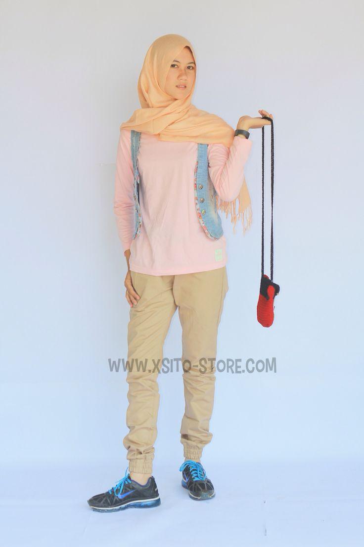 Jogger pant, celana jogger, jogger pant indonesia, celana wanita, celana panjang --------------------------------------- For more information: www.xsito-store.com --- Line : @rcb0969g --- BBM : 5B03BB9D --- Email : xsitostore@gmail.com --- Fb : xsito store