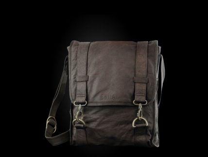 Geanta laptop piele pentru barbati, produs recomandat de Styleandthecity.ro! http://www.styleandthecity.ro/geanta-laptop-piele-produs-recomandat