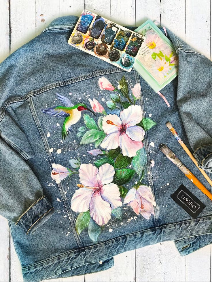 Denim jacket with artwork Jean jacket with acrylic painting Hummingbirds and flowers Hand painted Denim Jacket