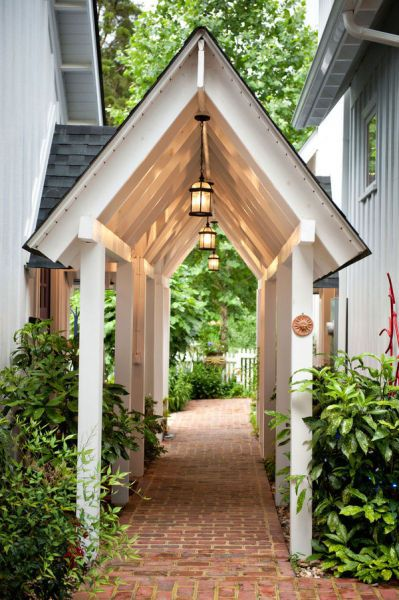 coffeepearlsandpoetry: enchanting portico /breezeway. This would be lovely between the house and detached garage.