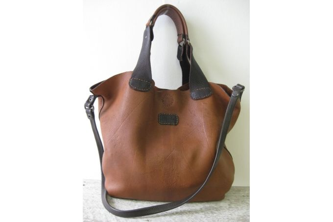 Hand stitched genuine leather handbag PL4/1 by Peaches handmade (Pty) Ltd on hellopretty.co.za