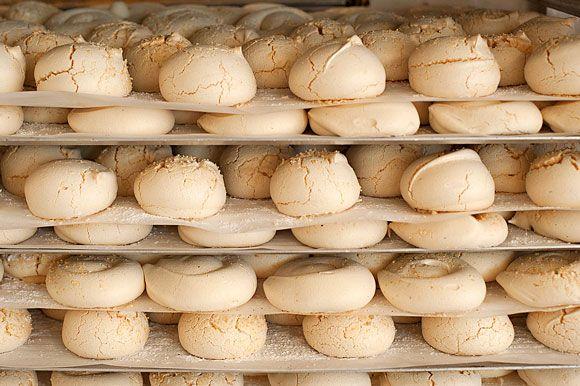 from Hip Paris blog....a fabulous place to browse. Au Merveilleux de Fred: A meringue Bakery in Paris by Rosa Jackson