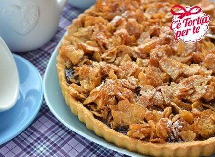 La #merenda perfetta che mette d'accordo grandi e piccini: crostata ai cornflakes.  Scopri la ricetta e realizzala...