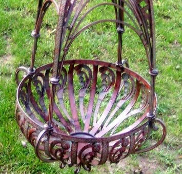 Amazon.com: Lg. Hanging Basket Planter Basket Weave Latticed Top: Patio,. Plant  HangersHanging ...