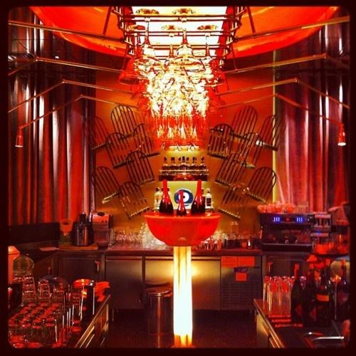 GiGi Bar