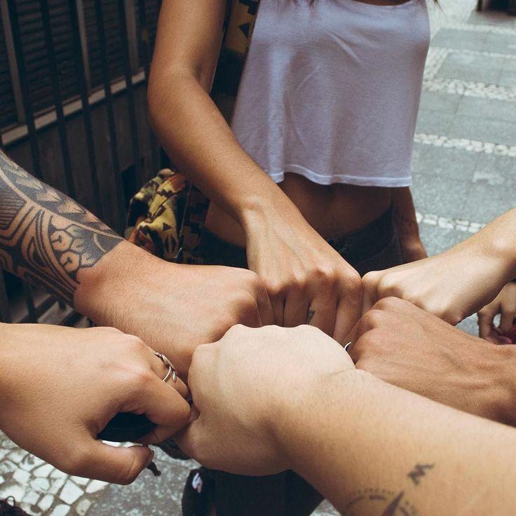 """""""Bem vindo ao clube dos desajustados"""" #perksofbeingawallflower #heroes #friends #role #sp #fotografia #fotografar #photography #saopaulo #tattoo #ink"""