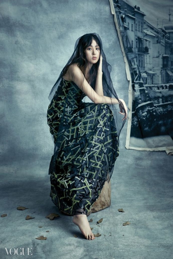Kang So Ra Goes For Vogue Korea's December 2014 Issue