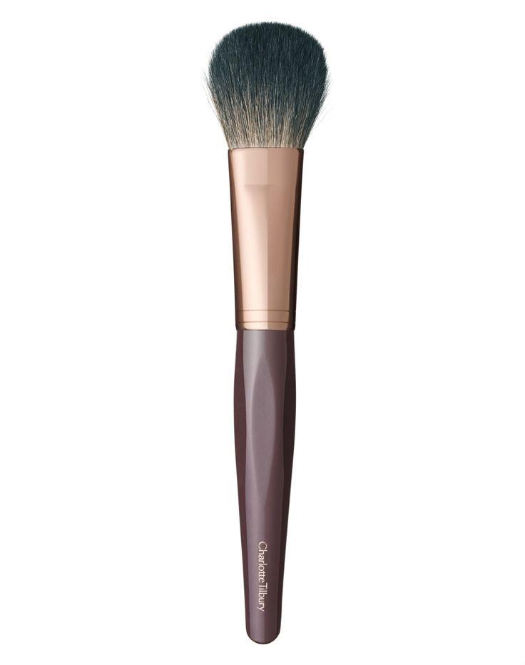 BLUSHER BRUSH - Adele Makeup