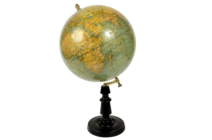 Terrestrial globe edite in 1920s by the French editor G.Thomas. There are territorial maps, oceanic currents and commercial routes of that period. Height cm 58 - inches 22.83, diameter of sphere cm 30 - inches 11.81. Good condition.