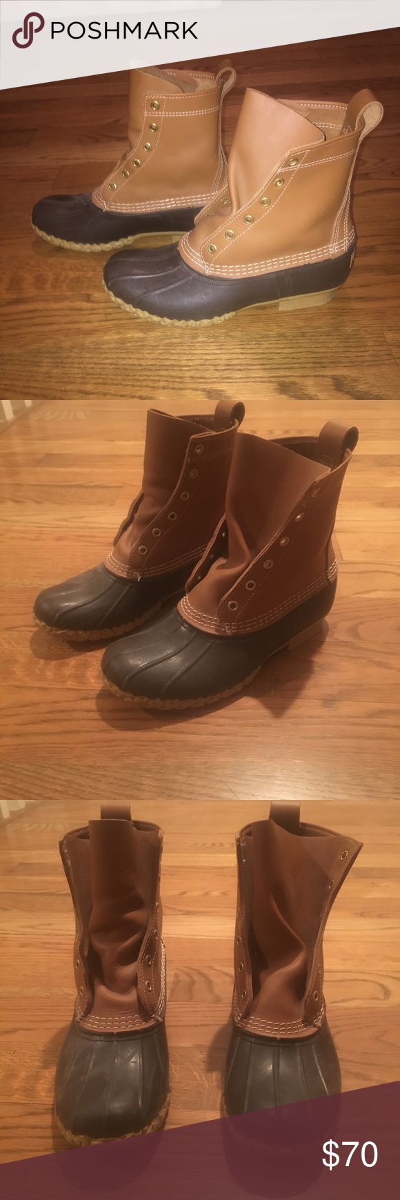 """Women's 8"""" Bean Boot Size 8 Women's 8"""" Bean Boot! -Size 8, however I believe Bean Boots run a little big because I'm a size 8 and they are a bit big... -Only worn once and saw they didn't fit -No laces because I used them for my old pair, but I'm sure it's super easy to find the laces online! -In absolute great condition look brand new. L.L. Bean Shoes Winter & Rain Boots"""