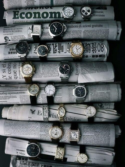 You can merchandise watches using old newspapers. We like the international selection here #visualmerchandising pic.twitter.com/2tcv5teiOq
