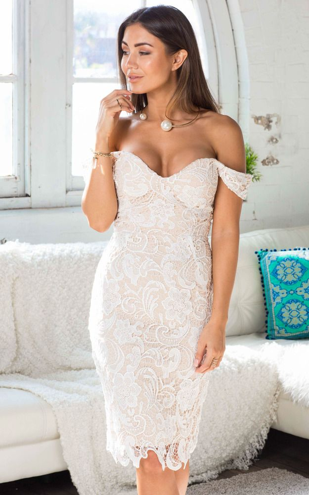 Soft Spot dress in white lace