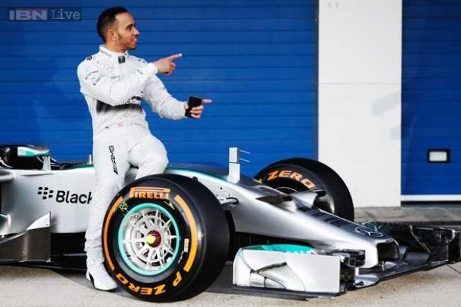 Hamilton Tercepat Di Tes Pramusim Hari Ketiga Formula 1 Di Bahrain - Vivaoto.com - Majalah Otomotif Online