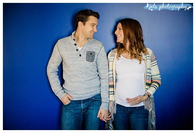 Indoor maternity photography, Belleville