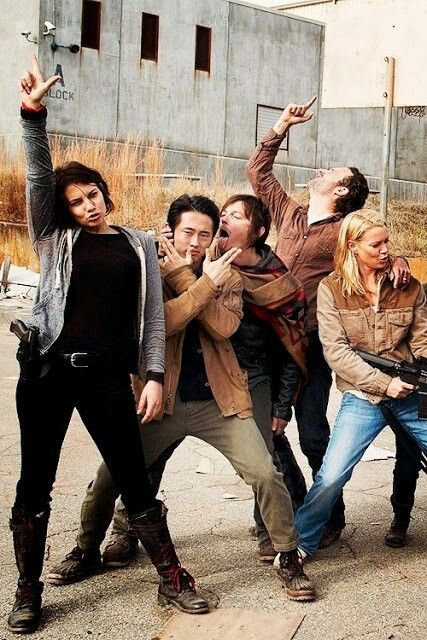 Walking dead Why does Maggie look like Hans Solo in this picture?